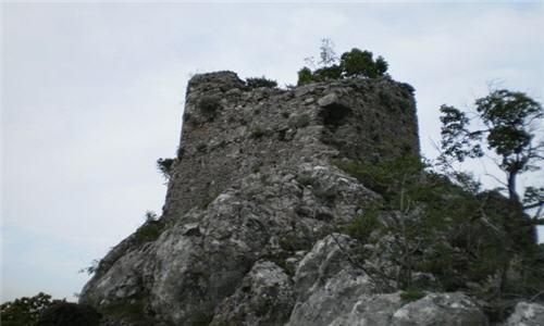 ΛΟΓΚΑΝΙΚΟΣ-ΛΑΚΩΝΙΑΣ-ΚΑΣΤΡΟ2